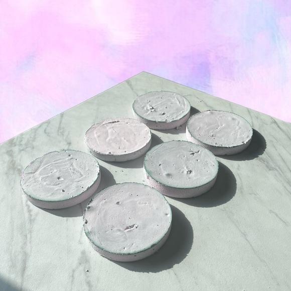 6 Light Purple Discs